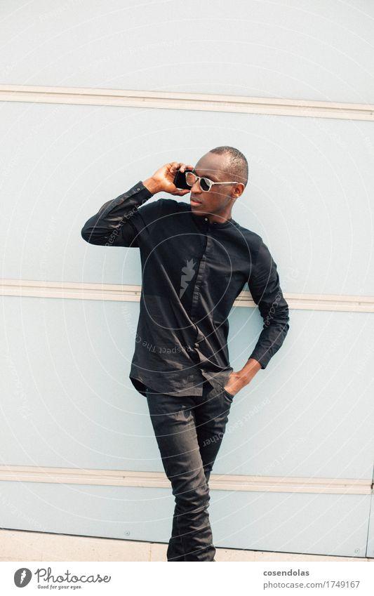 Hello Lifestyle Stil Student PDA Unterhaltungselektronik Telekommunikation maskulin Junger Mann Jugendliche 1 Mensch 18-30 Jahre Erwachsene Hauptstadt