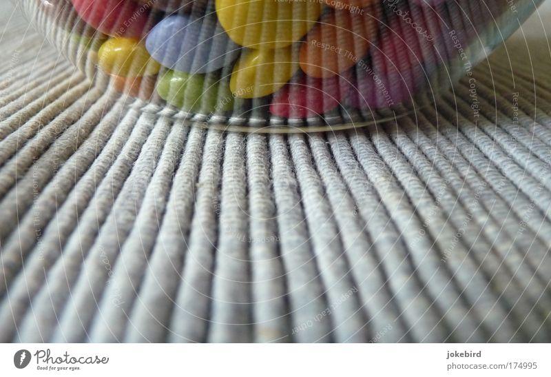 zuckerbunt Farbfoto mehrfarbig Innenaufnahme Menschenleer Textfreiraum unten Textfreiraum Mitte Froschperspektive Süßwaren Schokolade Schalen & Schüsseln