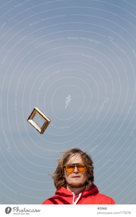 die idee II Mensch Jugendliche Himmel Kopf Kunst Erwachsene maskulin ästhetisch Kommunizieren Dekoration & Verzierung beobachten Neugier Gemälde Kreativität