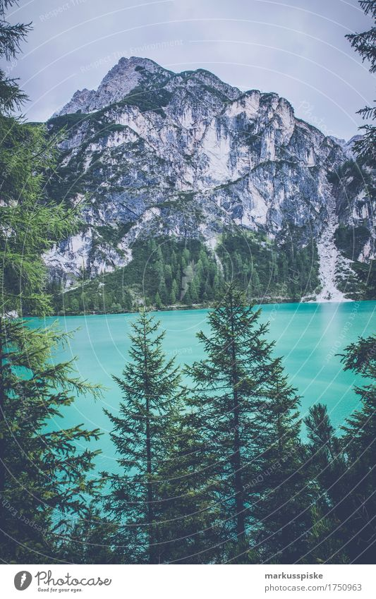 pragser wildsee Ferien & Urlaub & Reisen Erholung ruhig Ferne Berge u. Gebirge Lifestyle Freiheit See Tourismus Freizeit & Hobby Zufriedenheit Ausflug wandern