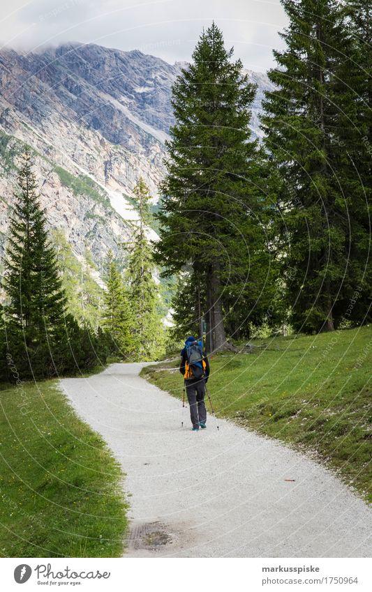 pragser wildsee Lifestyle harmonisch Wohlgefühl Zufriedenheit Sinnesorgane Erholung Freizeit & Hobby Ferien & Urlaub & Reisen Tourismus Ausflug Abenteuer Ferne