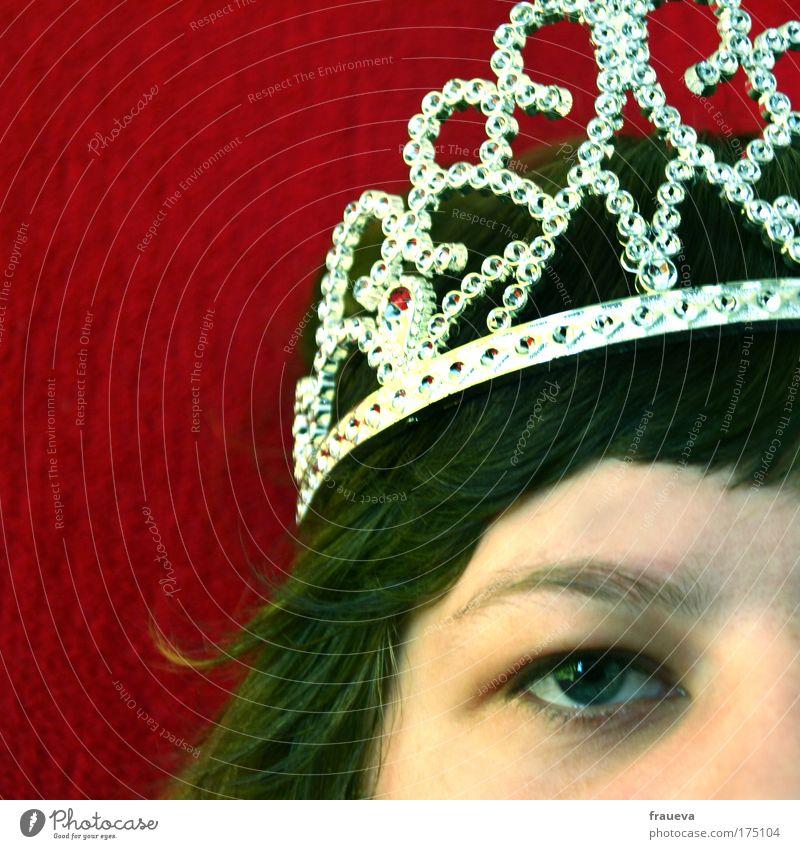 prinzessin Frau Mensch Jugendliche schön rot Gesicht Auge feminin Haare & Frisuren Kopf Haut Erwachsene ästhetisch leuchten langhaarig schwarzhaarig