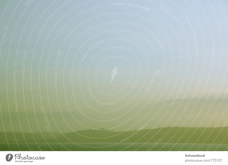 Abschied Himmel Sommer Meer Einsamkeit ruhig Erholung Ferne Landschaft Küste träumen Nebel groß Insel Ausflug ästhetisch beobachten