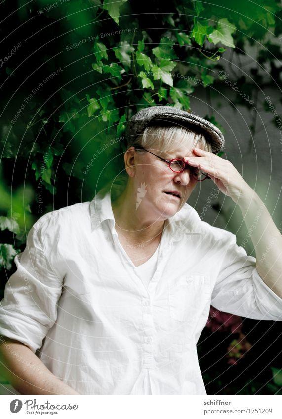 AST 9 | Bauer Lindemann und der Wetterumschwung Mensch feminin Frau Erwachsene Weiblicher Senior Kopf Hand 1 45-60 Jahre grün Leidenschaft Qual Kopfschmerzen