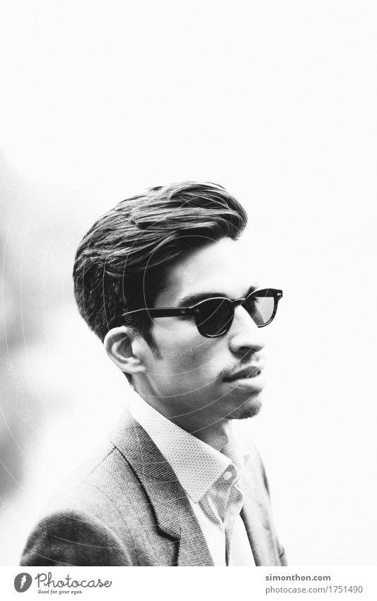 Cool Lifestyle Reichtum Beruf Business Unternehmen Karriere Erfolg maskulin 1 Mensch Anzug Sonnenbrille ästhetisch Dekadenz elegant genießen
