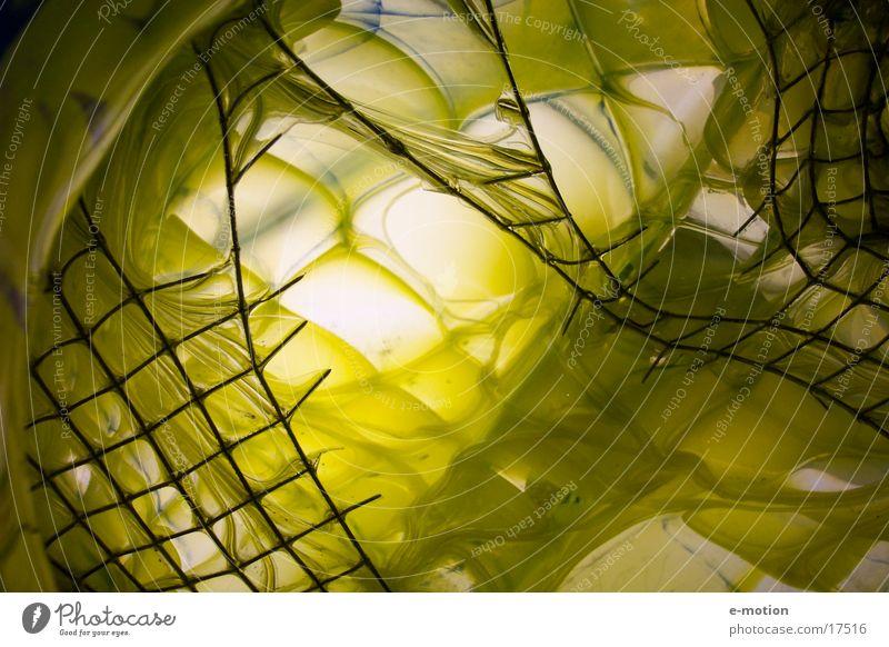 unbekannte Tiefen fremd Handwerk Gitter gelb Kunst gefangen verrückt Freak Vernetzung Licht Strahlung abstrakt tief Erde Handarbeit Glas Netz color magic anonym