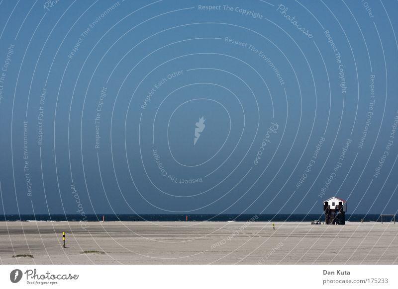 Weiter weg. Wasser Meer blau Sommer Freude Strand Ferien & Urlaub & Reisen ruhig Leben Erholung Sand Landschaft Luft Wellen groß