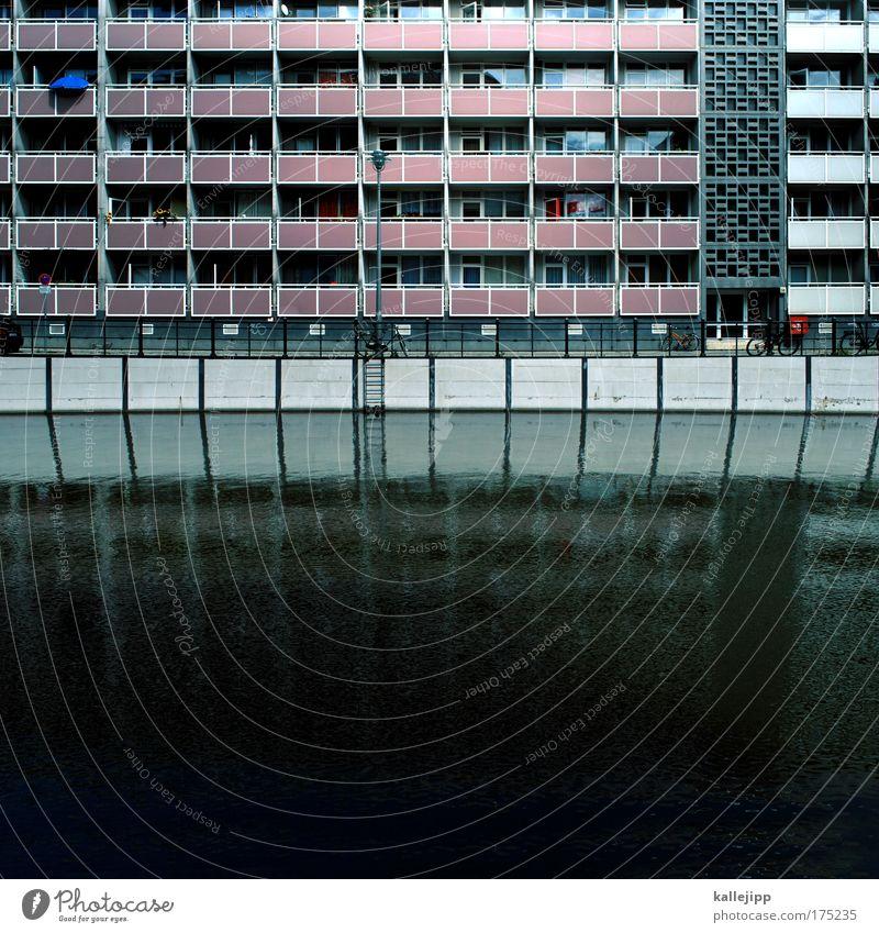 second life Wasser Haus Straße Fenster Wege & Pfade Hochhaus Quadrat Balkon Schifffahrt Mieter Plattenbau nachhaltig Kanal Spree bevölkert Hafenstadt