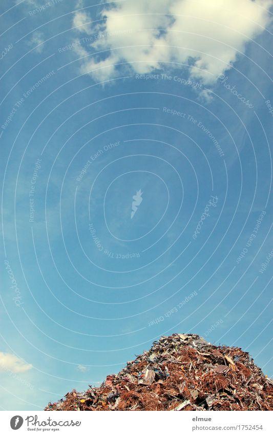 Alles Müll oder was? (3) Himmel Wolken Berge u. Gebirge Umwelt liegen Schönes Wetter Vergänglichkeit kaputt Metallwaren Sauberkeit Hoffnung Zukunftsangst Rost