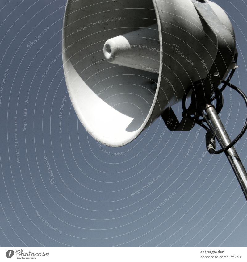 ACHTUNG ACHTUNG! blau Metall Musik ästhetisch Coolness Technik & Technologie bedrohlich Telekommunikation schreien Lautsprecher laut Stadion Megaphon