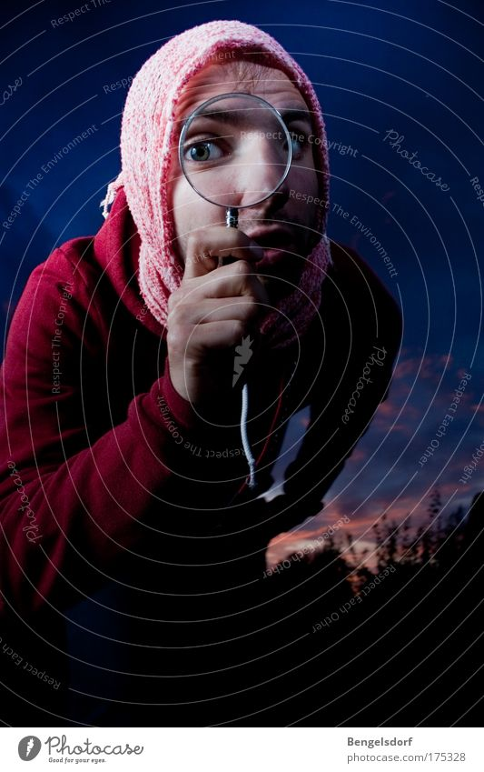 Sherlock Holmes´ 1. Fall Mensch Natur Sommer Wolken Auge Horizont maskulin Studium Zukunft beobachten Bildung Student Konzentration Wissenschaften Fußspur Schal