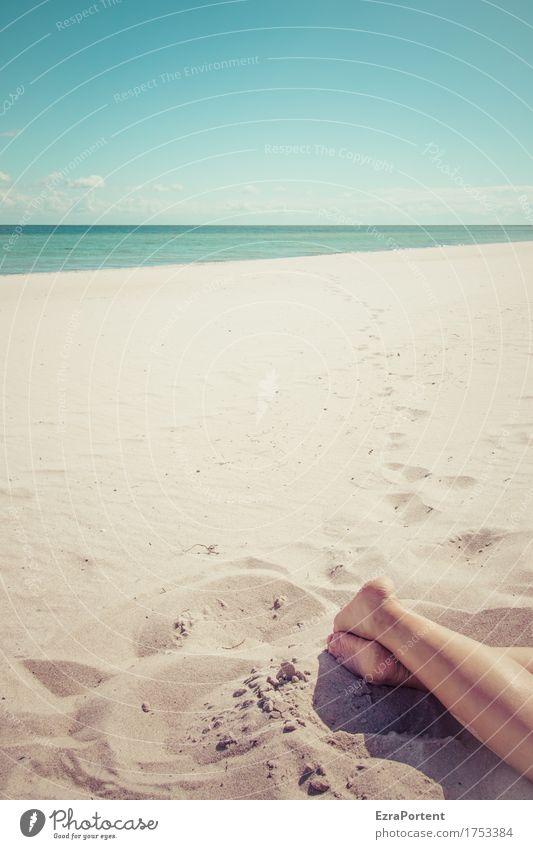 ~ Mensch Himmel Natur Ferien & Urlaub & Reisen blau Sommer Sonne Meer Erholung Wolken ruhig Ferne Strand Wärme Beine Freiheit