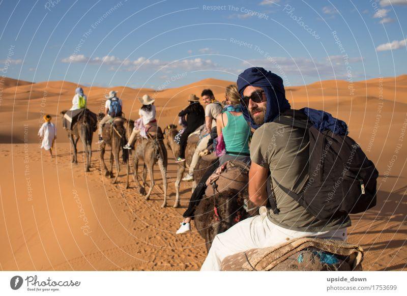 Dromedar Tour durch die Wüste Marokko Reiten Ferien & Urlaub & Reisen Tourismus Ausflug Abenteuer Ferne Sommer Sommerurlaub Sonne maskulin Menschengruppe