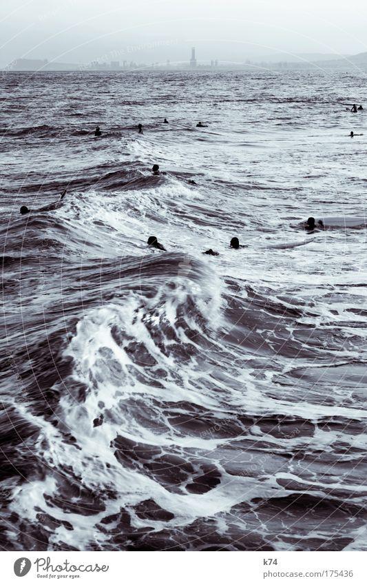 surfing BCN meer surfen wellenreiten Stadt Barcelona urban Ozean Wellen Freiheit Lebensgefühl