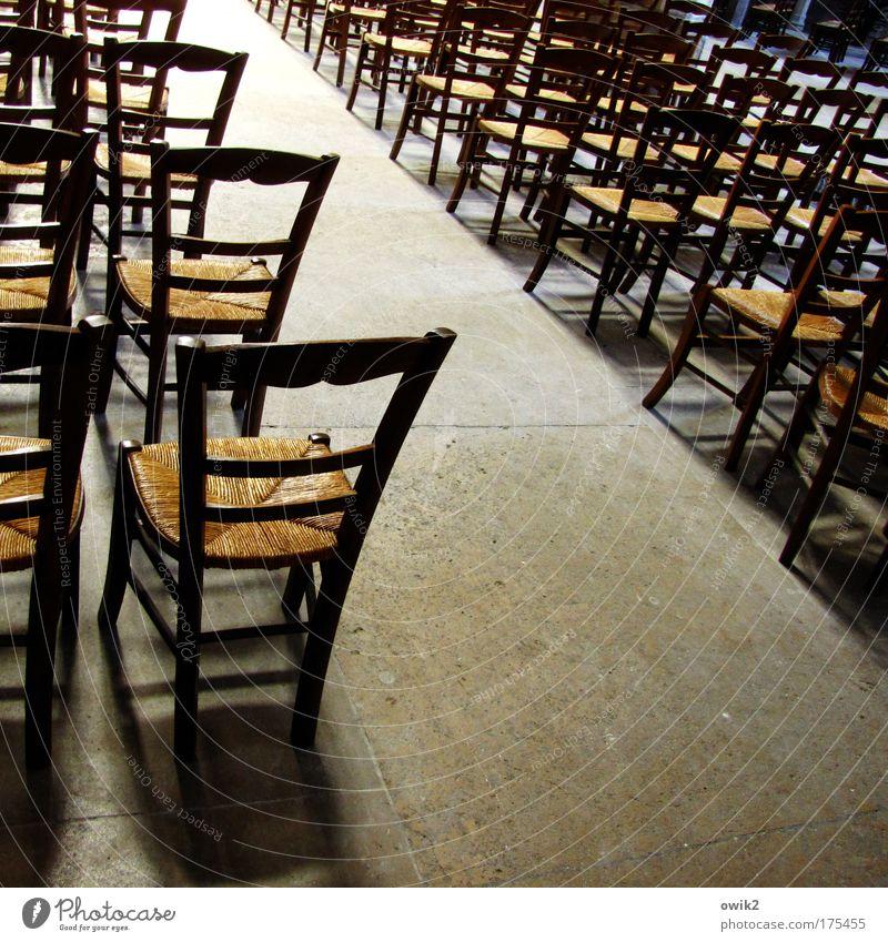 Freie Platzwahl Gebäude Religion & Glaube Raum warten Ordnung frei Kirche stehen Bodenbelag Stuhl Innenarchitektur viele Möbel Richtung