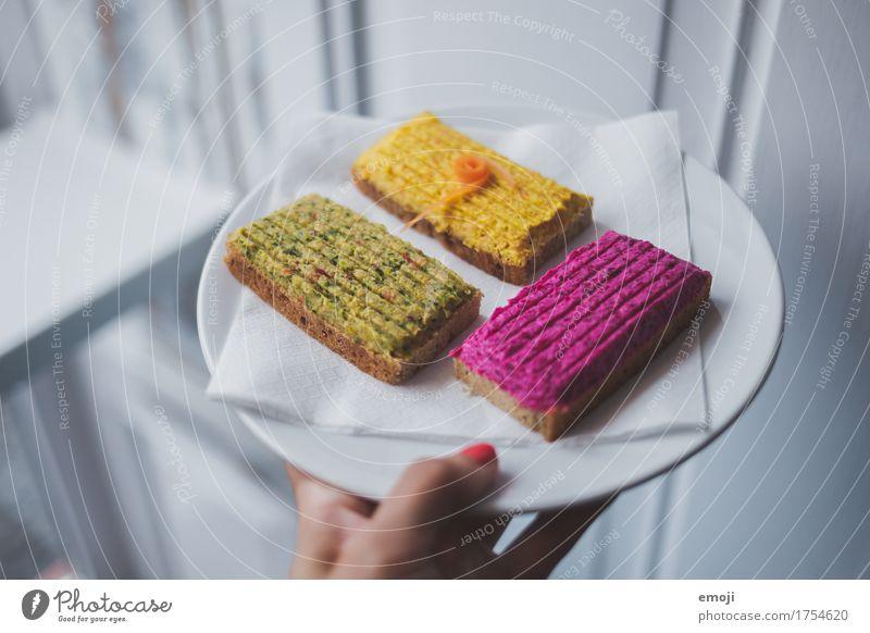 legga Schnittchen Brot Brötchen schnittchen Belegtes Brot Ernährung Bioprodukte Vegetarische Ernährung Fingerfood Essen lecker Farbfoto mehrfarbig Innenaufnahme