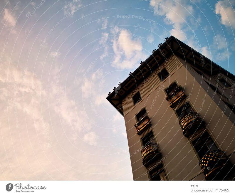 Ruhestätte König Husseins Haushalt Farbfoto Außenaufnahme Menschenleer Textfreiraum links Dämmerung Weitwinkel Hauptstadt Architektur Fassade Sehenswürdigkeit