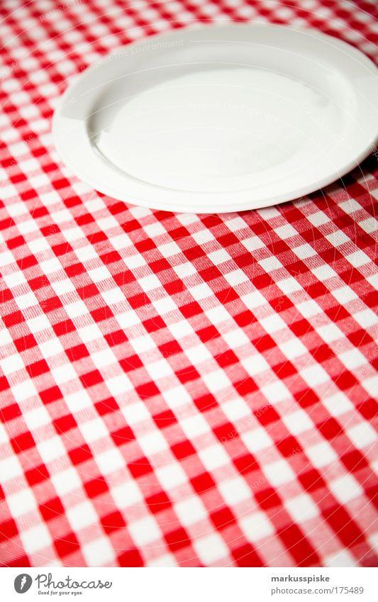 was gibt's heut zu mampfen? Stil Raum Wohnung Lebensmittel Ernährung ästhetisch Dekoration & Verzierung Tisch Häusliches Leben Warmherzigkeit einzigartig Küche Teller Bioprodukte Abendessen Diät