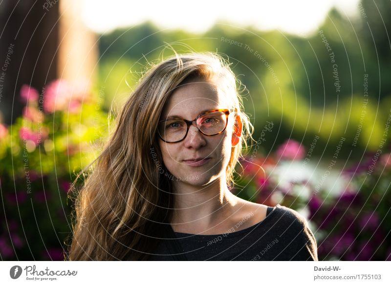 von Natur aus schön Mensch Frau Jugendliche Sommer Junge Frau Blume 18-30 Jahre Erwachsene Umwelt Leben Frühling natürlich feminin Park