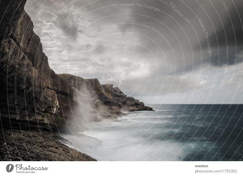 Bizkaya Landschaft Luft Wasser Himmel Wolken Horizont Wetter schlechtes Wetter Wind Felsen Wellen Küste Meer braun grau grün weiß Farbfoto Gedeckte Farben