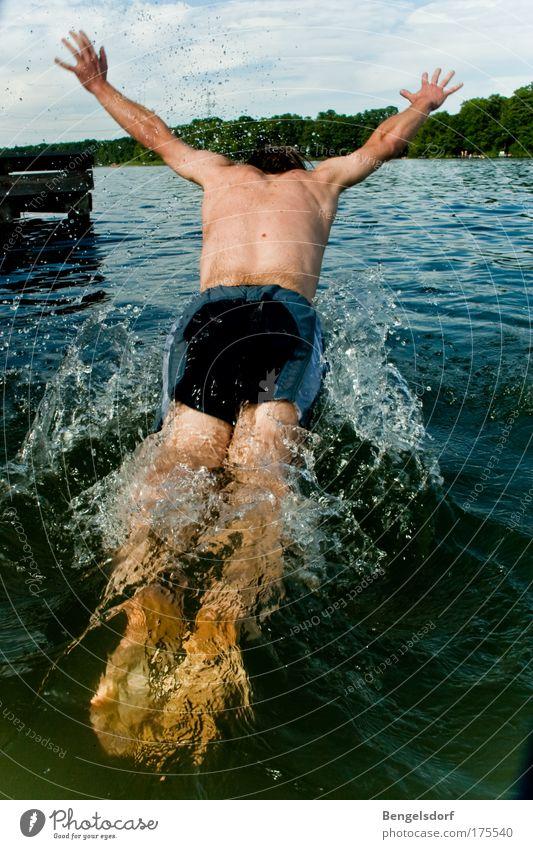 Bauchklatscher Mensch Jugendliche Sonne Sommer Ferien & Urlaub & Reisen ruhig Ferne Leben Erholung Freiheit See Wärme Arme Wassertropfen Rücken Ausflug