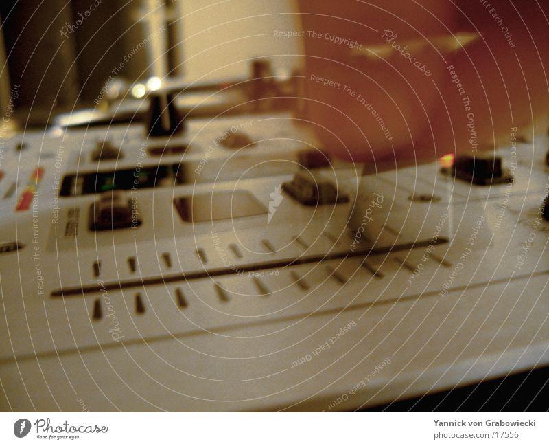 faderpunch Diskjockey Musikmischpult Unschärfe Elektrisches Gerät Technik & Technologie blur Ton