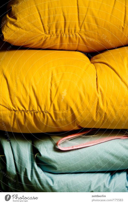 Bett kalt Wärme Vogel Fell Warmherzigkeit Decke Bettlaken Schlafzimmer Bettwäsche Bettdecke Federbett Winterschlaf Winterfell