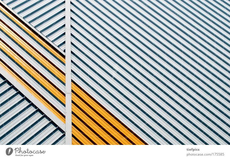 platte neu - blühende landschaften Farbfoto Außenaufnahme abstrakt Muster Strukturen & Formen Gebäude Mauer Wand Fassade Stahl trashig gelb weiß