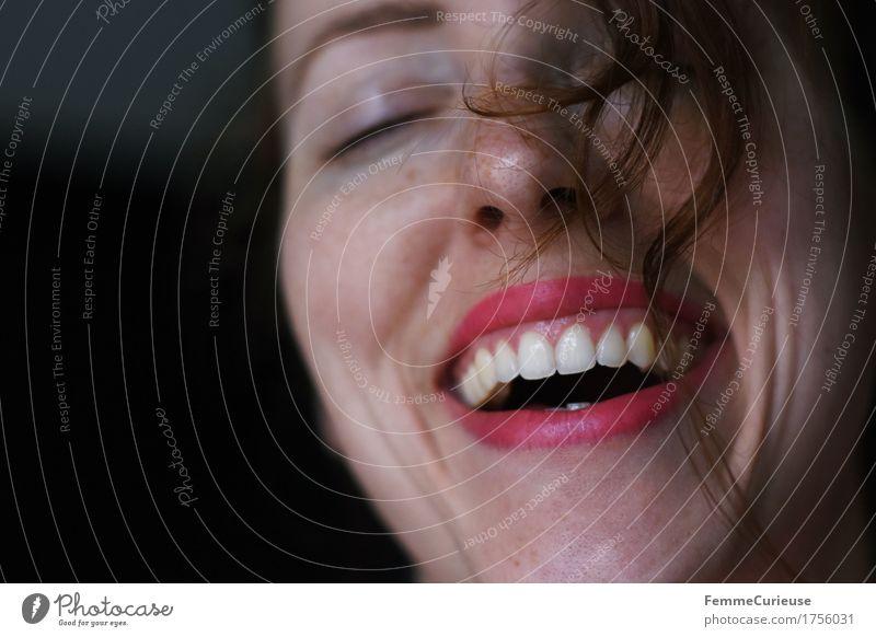 FotoID: 1756031 Mensch Frau Jugendliche schön Junge Frau Freude 18-30 Jahre Erwachsene natürlich feminin lachen Glück Feste & Feiern rosa Zufriedenheit Fröhlichkeit