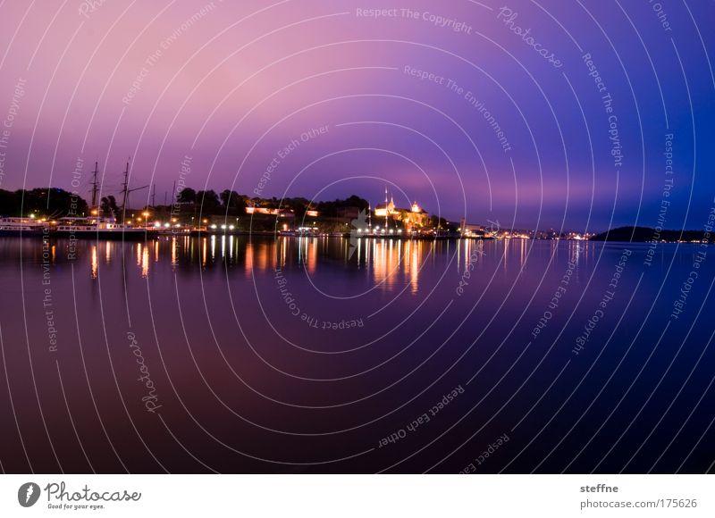 nachti schön ruhig Wasserfahrzeug Zufriedenheit Stimmung violett Idylle Bucht Norwegen Hauptstadt Skandinavien Hafenstadt Wasserspiegelung Oslo