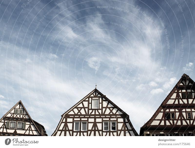 Dreispitz schön alt Himmel Stadt Sommer Haus Wolken Gebäude Kraft Architektur Wind Wetter hoch Sicherheit Macht Klima