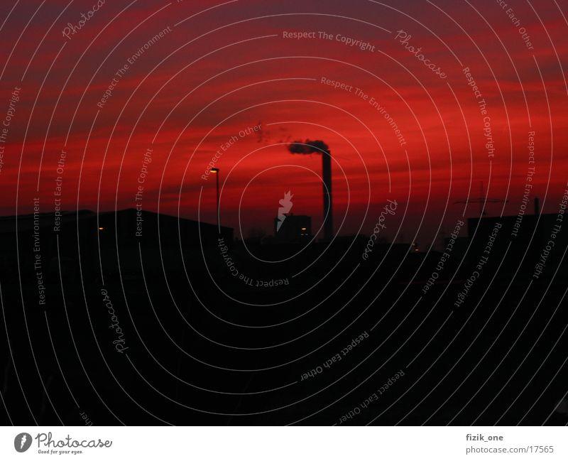 Industie Sonne rot Industrie Schornstein