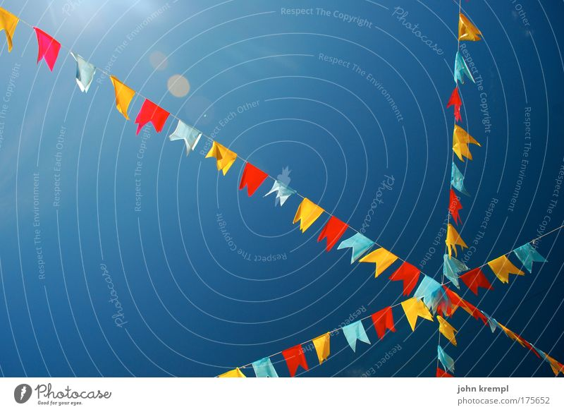 kreuz des südens Himmel blau Ferien & Urlaub & Reisen Freude Farbe Glück lustig Jubiläum Geburtstag Fahne Wolkenloser Himmel Farbenspiel Symbole & Metaphern