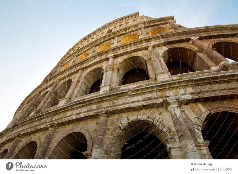 alt Rom Italien Fischerdorf Stadt Hauptstadt Tor Bauwerk Gebäude Architektur Mauer Wand Fassade Fenster Sehenswürdigkeit Wahrzeichen Kolosseum Stein Sand