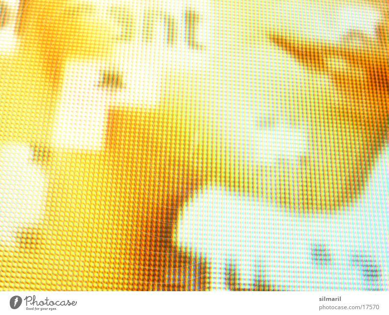 Good Look Beamer Bildpunkt Frau Lippen Typographie gelb-orange Makroaufnahme Nahaufnahme Projektionsleinwand Gesicht Mund Hals