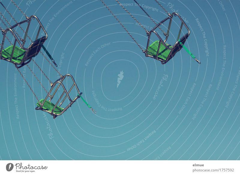 Kirmeszeit (1) blau grün Erholung Freude Bewegung träumen Freizeit & Hobby frei Angst Geschwindigkeit Lebensfreude Romantik Coolness Netzwerk Höhenangst