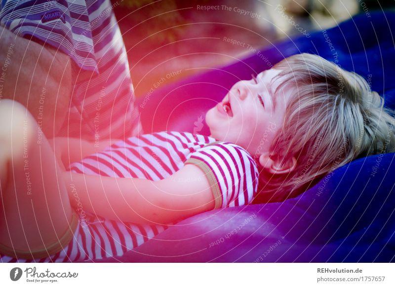 800 | heidenspaß Mensch maskulin Kind Kleinkind Junge Männlicher Senior Mann Großvater Familie & Verwandtschaft Kindheit 2 1-3 Jahre 60 und älter Garten Lächeln