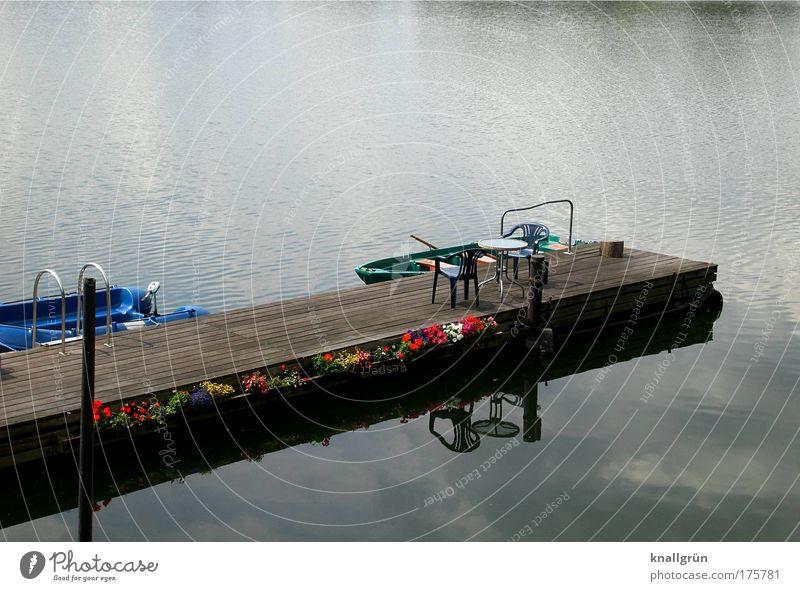 Ferienidylle Farbfoto Außenaufnahme Menschenleer Textfreiraum oben Bootfahren Ferien & Urlaub & Reisen Ausflug Sommer Wasser See Erholung blau braun Freude