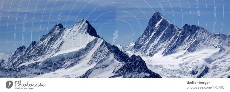 Feste Wellen Natur blau Winter ruhig schwarz kalt Schnee Berge u. Gebirge grau Landschaft groß Felsen Macht Tourismus Schweiz Alpen