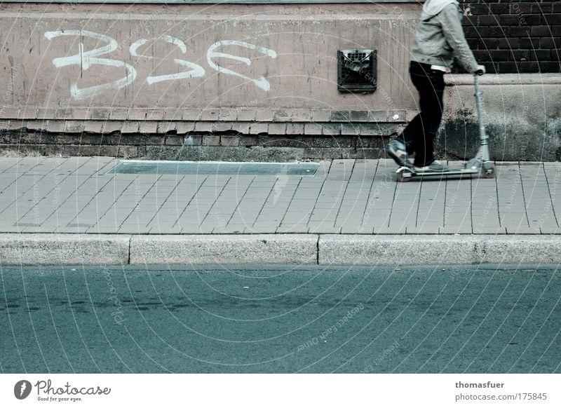 Pandemie Mensch Kind Stadt Haus Straße Ernährung kalt Graffiti Wand Lebensmittel Spielen Mauer Kindheit Angst Armut Schriftzeichen