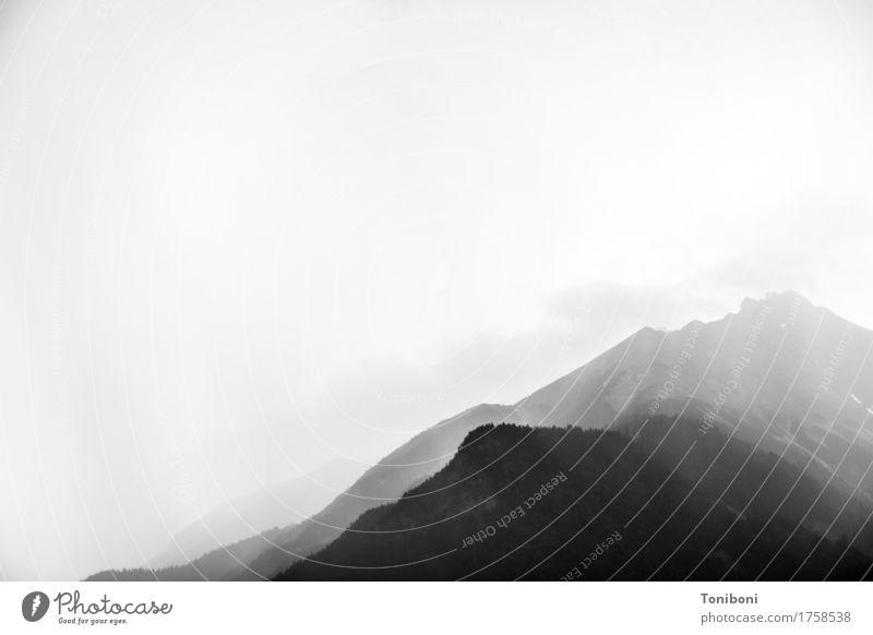 Wetter Himmel Natur Landschaft Einsamkeit Wolken Ferne dunkel Berge u. Gebirge schwarz Freiheit Regen Nebel Angst wandern bedrohlich Abenteuer