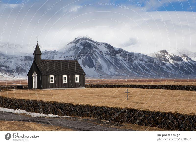 Black church of Budir in Iceland Ferien & Urlaub & Reisen Tourismus Abenteuer Ferne Kirche Gebäude Sehenswürdigkeit Wahrzeichen Religion & Glaube Island