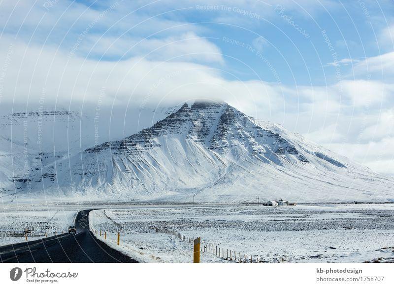 Impressive snowy landscape at the ringroad in Iceland Ferien & Urlaub & Reisen Tourismus Abenteuer Ferne Winter Schnee Winterurlaub schlechtes Wetter Eis Frost