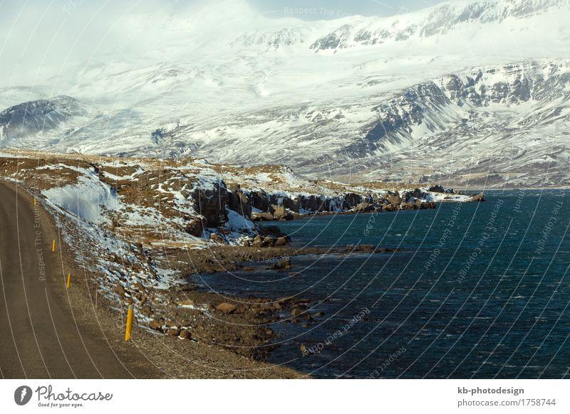 Snowy mountain landscape in East Iceland, wintertime Ferien & Urlaub & Reisen Tourismus Abenteuer Ferne Winter Felsen Fjord Island ring road street snow-covered