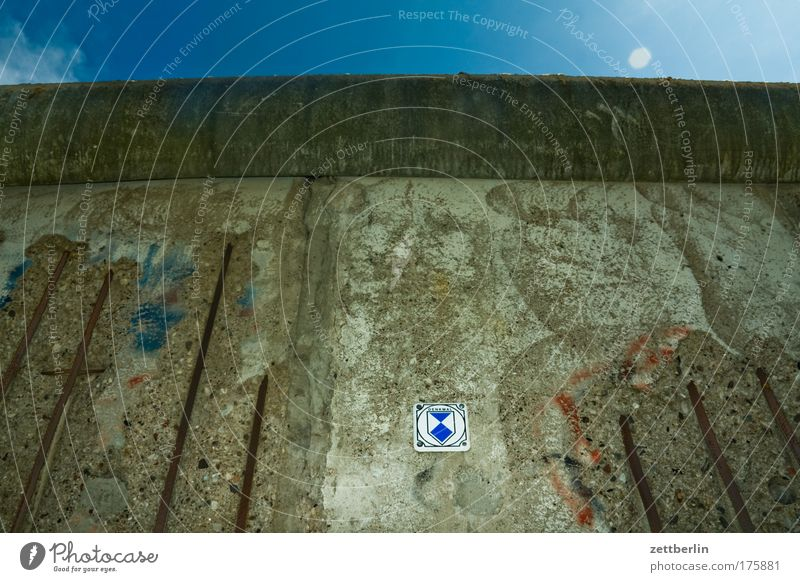 Berliner Mauer Berlin Mauer Deutschland Beton Europa Grenze Zaun DDR Textfreiraum Todesstreifen