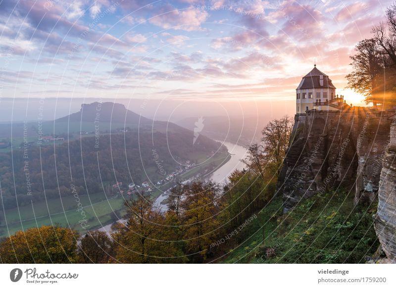 Lilienstein mit Elbtal und Friedrichsburg Ferien & Urlaub & Reisen Tourismus Berge u. Gebirge wandern Klettern Bergsteigen Natur Landschaft Wolken Sonnenaufgang