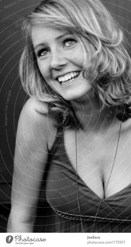 momentaufnahme Mensch Jugendliche schön Freude Erwachsene Auge feminin Leben Haare & Frisuren Glück Kopf lachen Stil Mode Stimmung Zufriedenheit