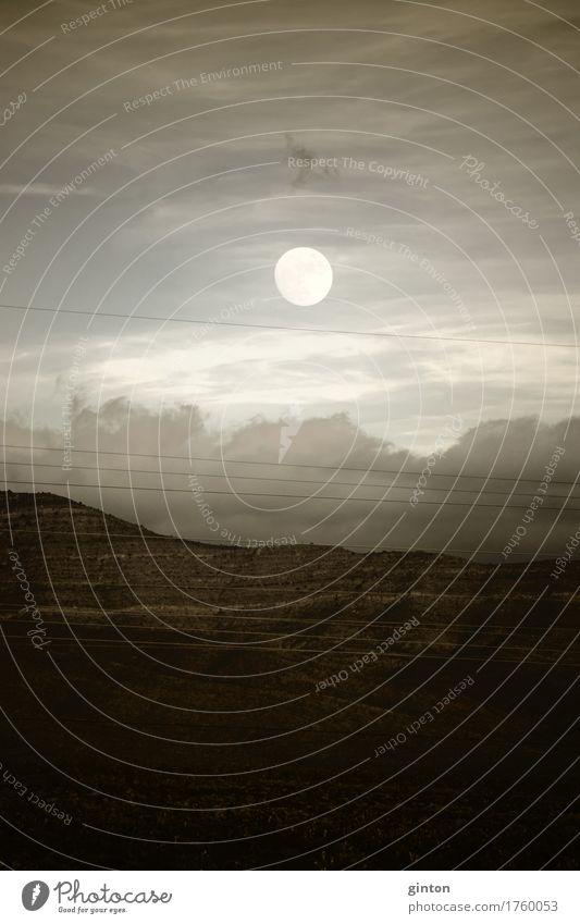 Vollmond über den Bergen schön Ferien & Urlaub & Reisen Ausflug Ferne Berge u. Gebirge Kabel Natur Landschaft Wolken Mond Hügel dunkel blau braun gelb