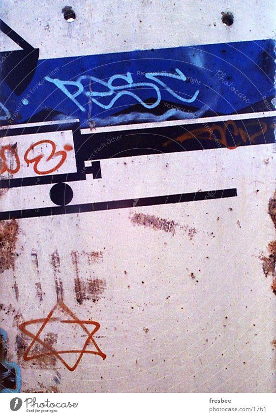 train Wand graffity