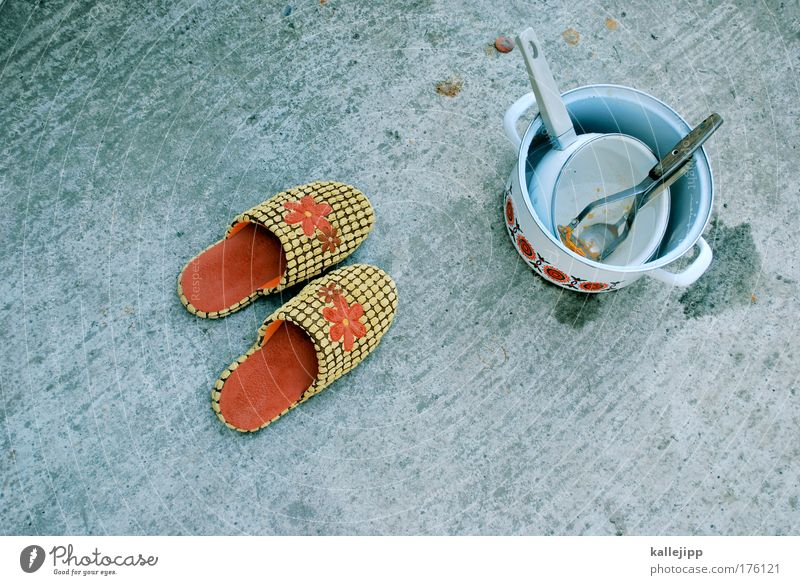 pantoffeltierchen Ernährung Schuhe Wohnung Häusliches Leben Idylle Geschirr Vogelperspektive Topf Haushalt Besteck Hausschuhe Blumenmuster Zitruspresse